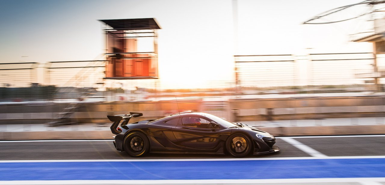 Bella imagen en los testeos del McLaren P1 GTR
