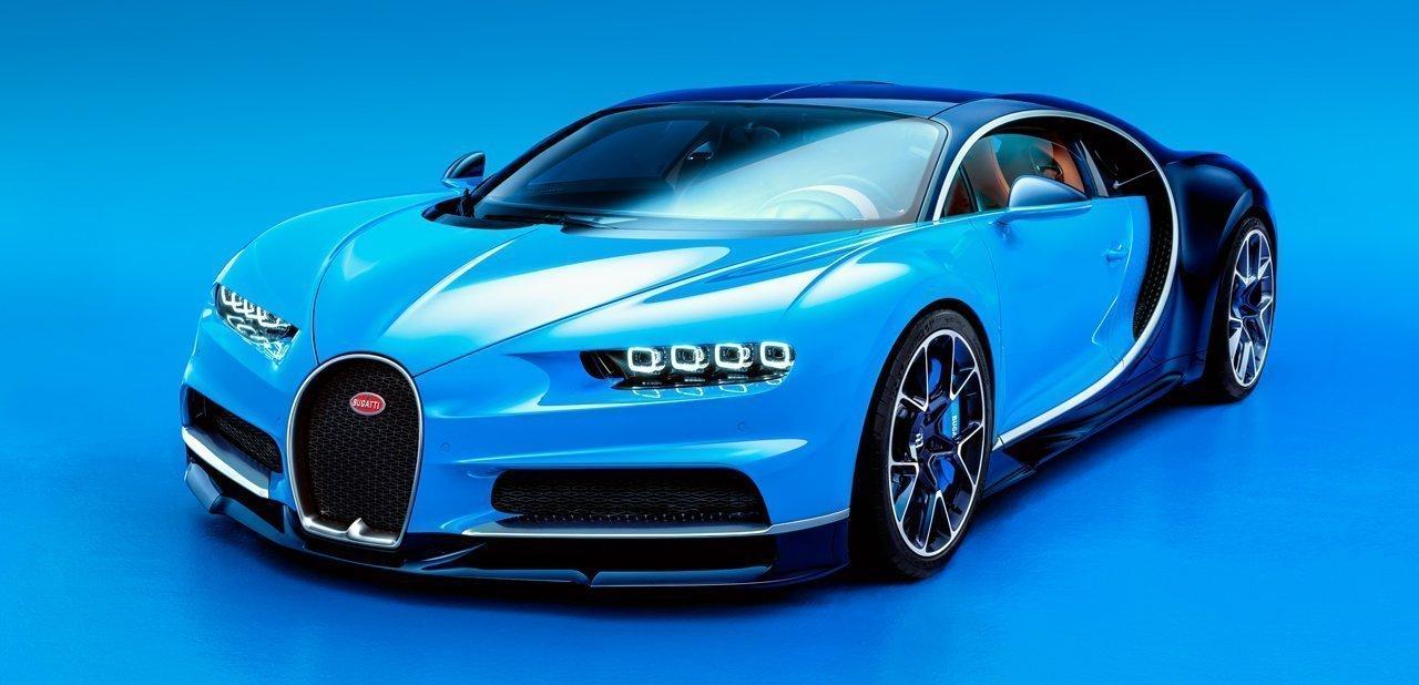 Bugatti Chiron en color azul