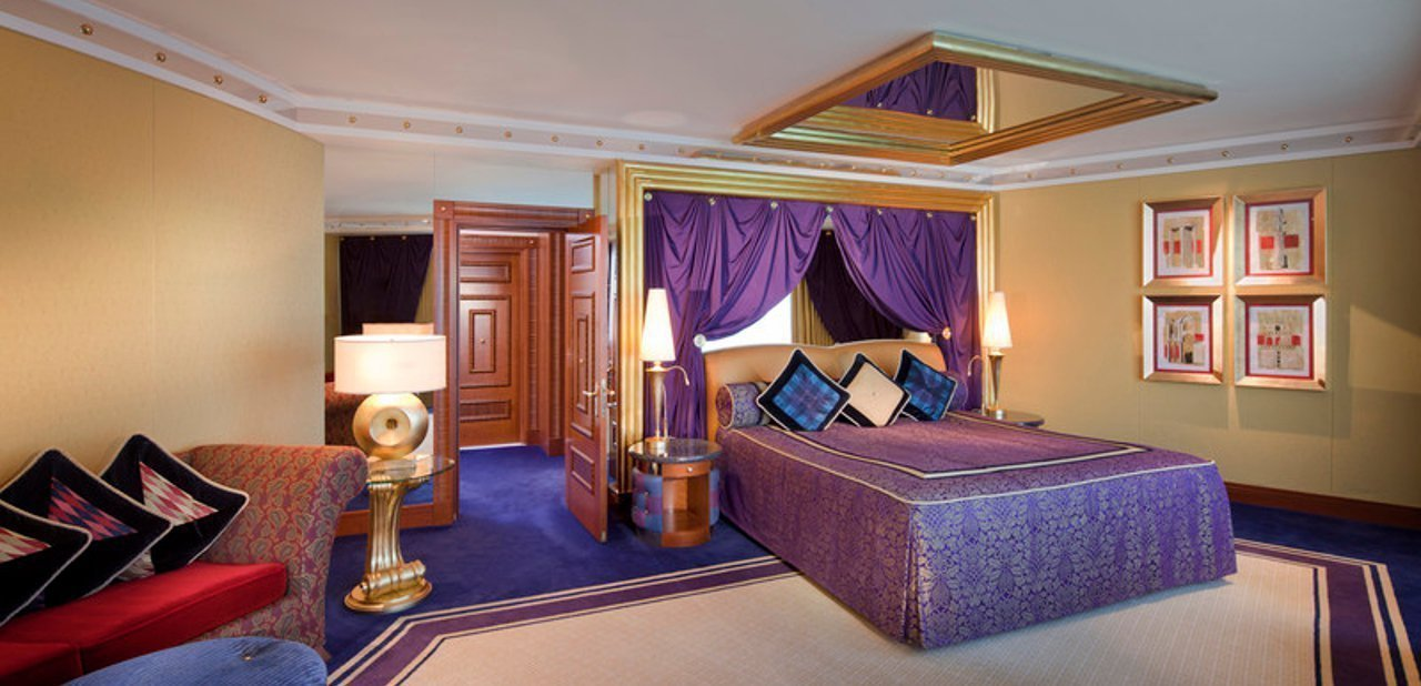 Burj Al Arab - One Bedroom Deluxe Suite Upper level