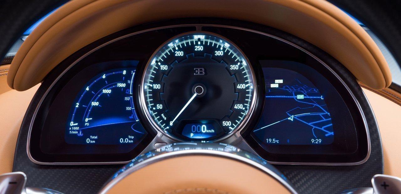 Cuadro de instrumentos del Bugatti Chiron