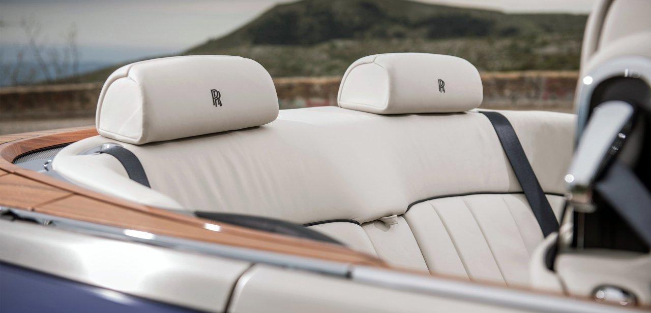 Detalle de los asientos traseros del Phantom Drophead Coupé