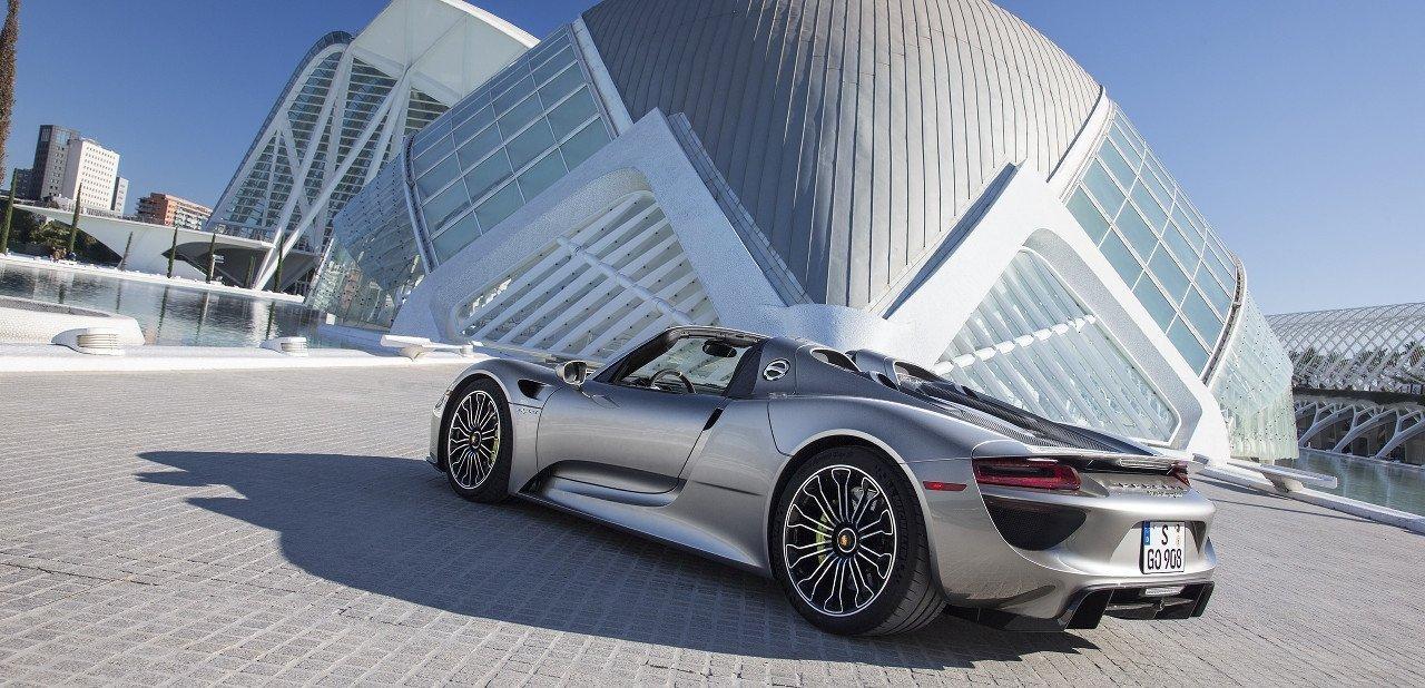 Detalle trasero del Porsche 918 Spyder
