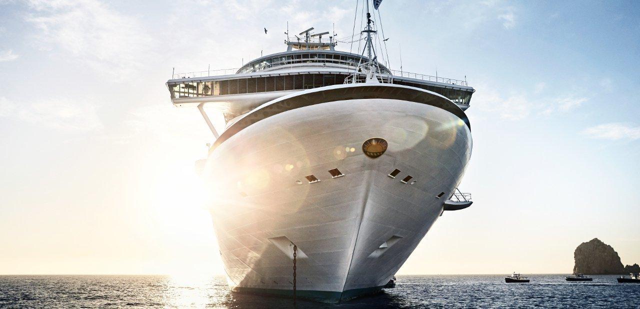 El barco de frente