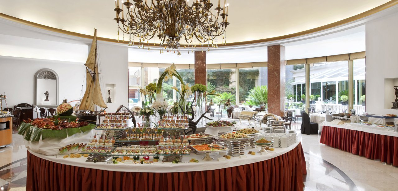 El 'brunch' El Jardín del InterContinental de Madrid