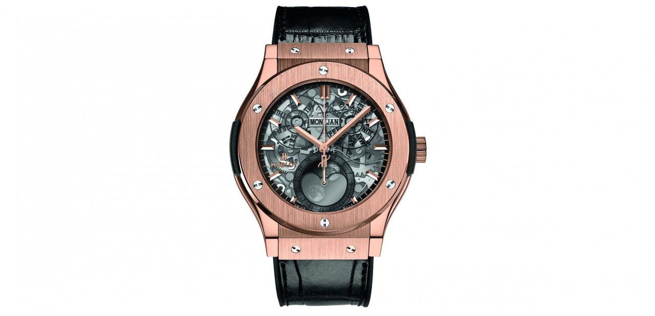 El reloj Classic Fusion Aeromoon en King Gold