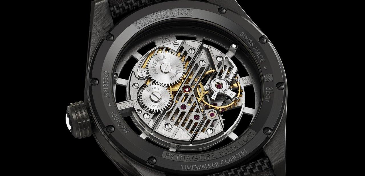 El reloj Montblanc TimeWalker Pythagore Ultra-Light Concept visto por detrás