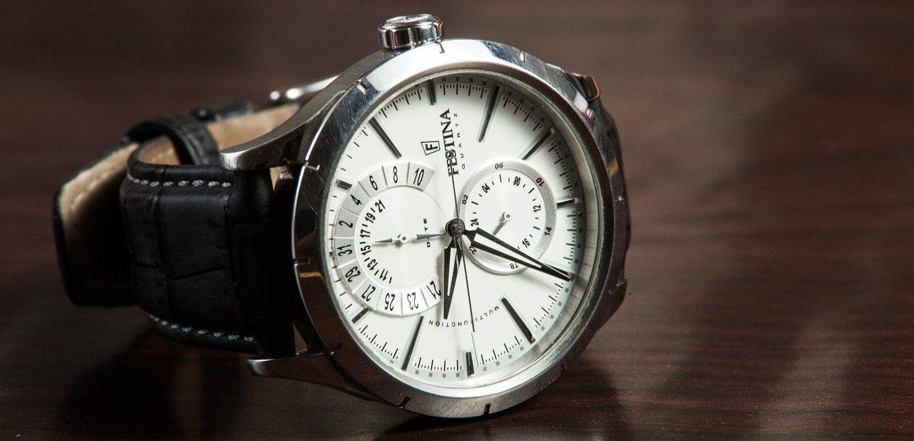 Accesorio reloj de lujo