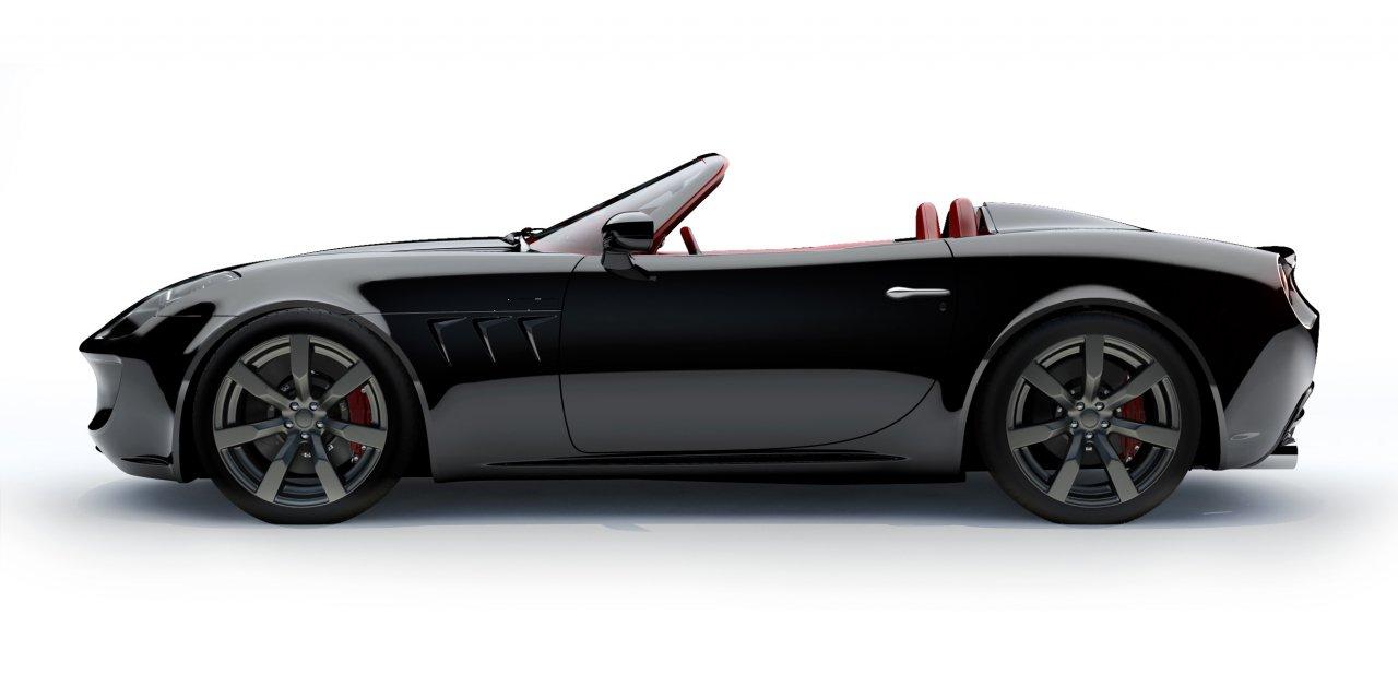 El Tauro V8 Spider de lado