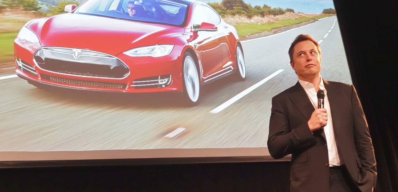 Elon Musk en una presentación