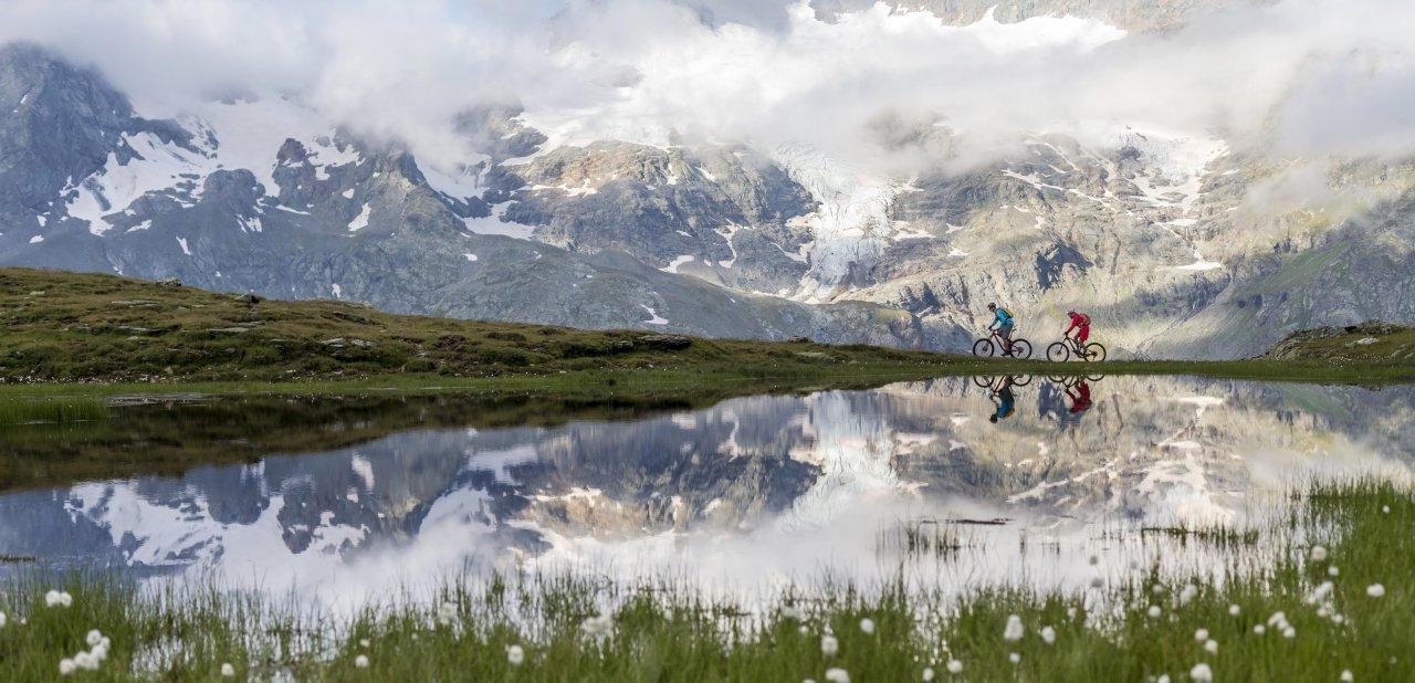 En St. Moritz pueden practicarse actividades durante todo el año, tanto en invierno como en verano