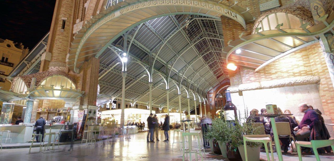 Entrada al Mercado de Colón de Valencia