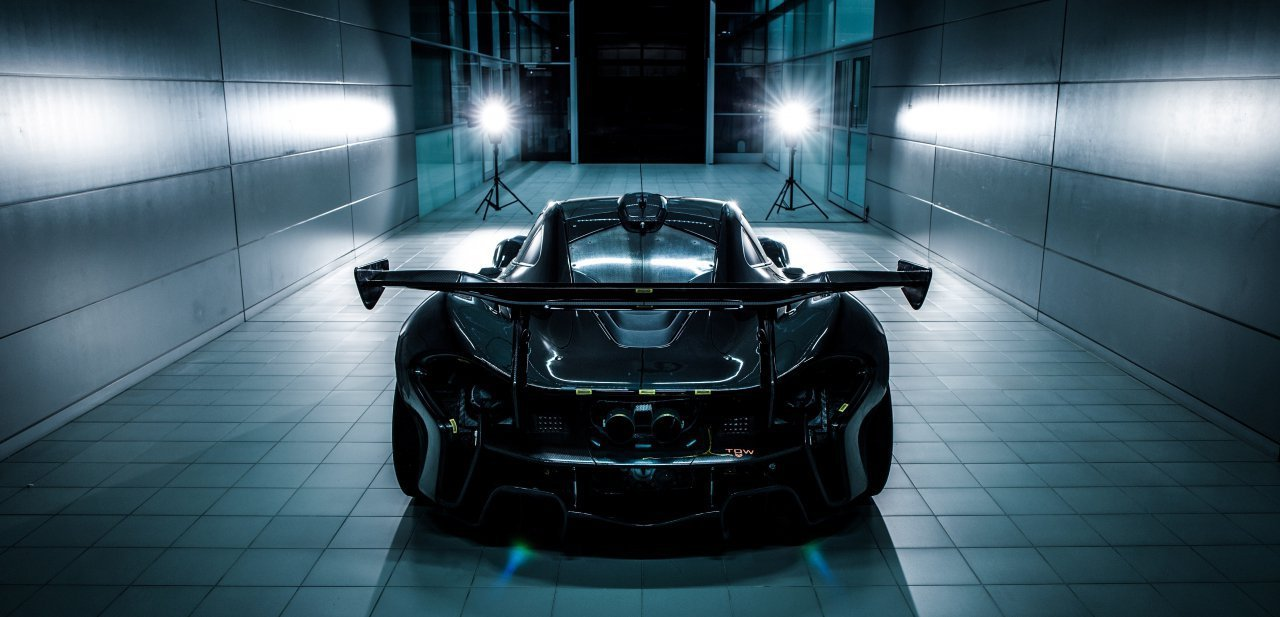 Espectacular fotografía de la parte posterior del McLaren P1 GTR