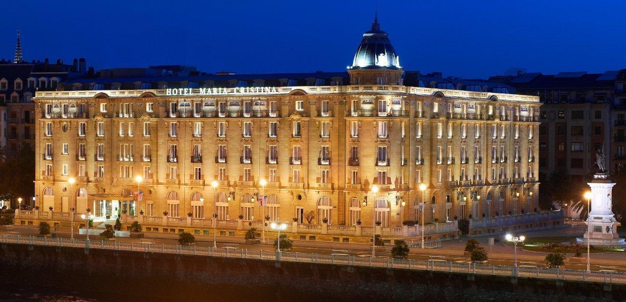 Fachada Hotel María Cristina