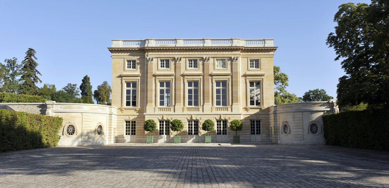 Fachada principal de Le Petit Trianon