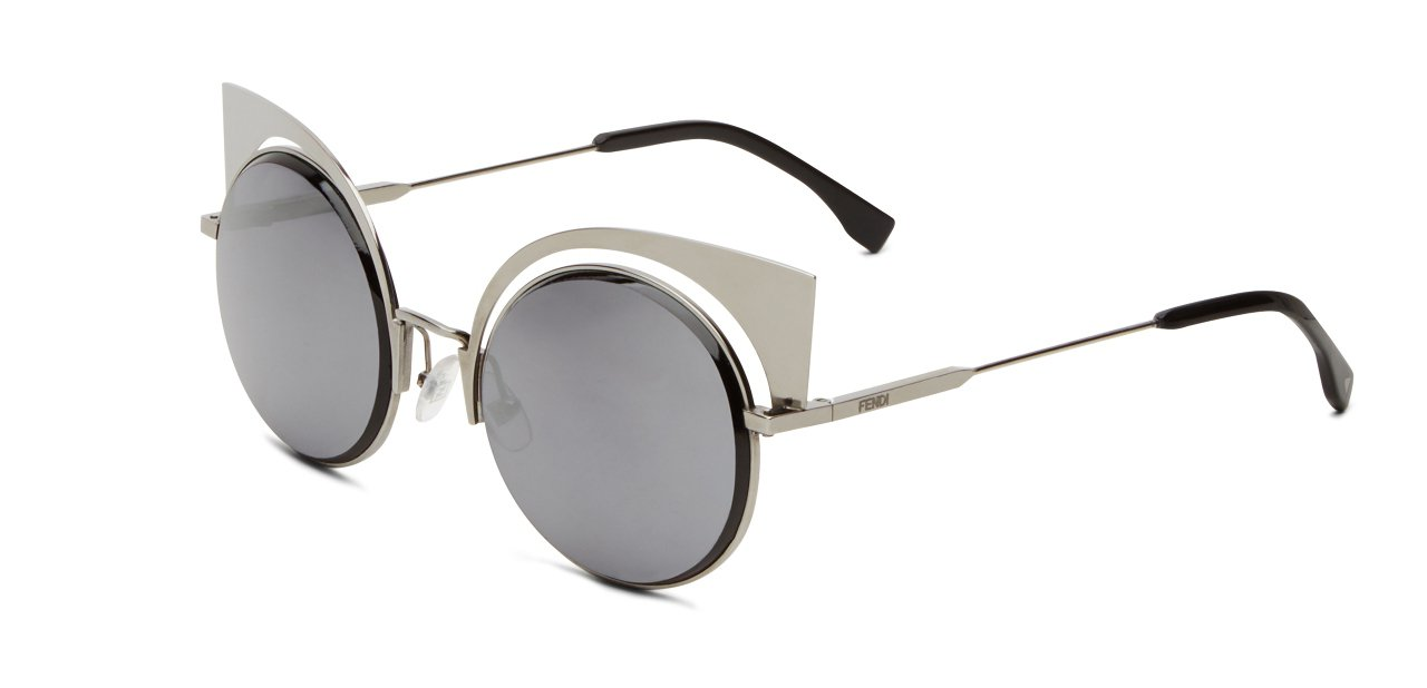 Fendi's Eyeshine Sunglasses Gris Paloma