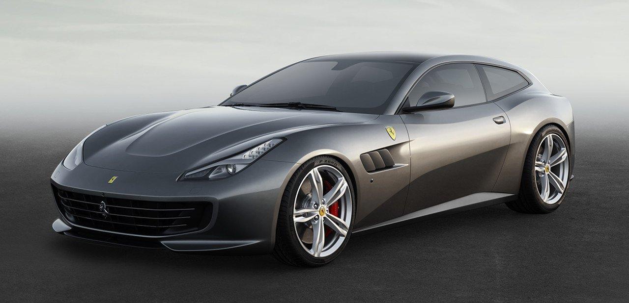 Ferrari GTC4Lusso vista frontal