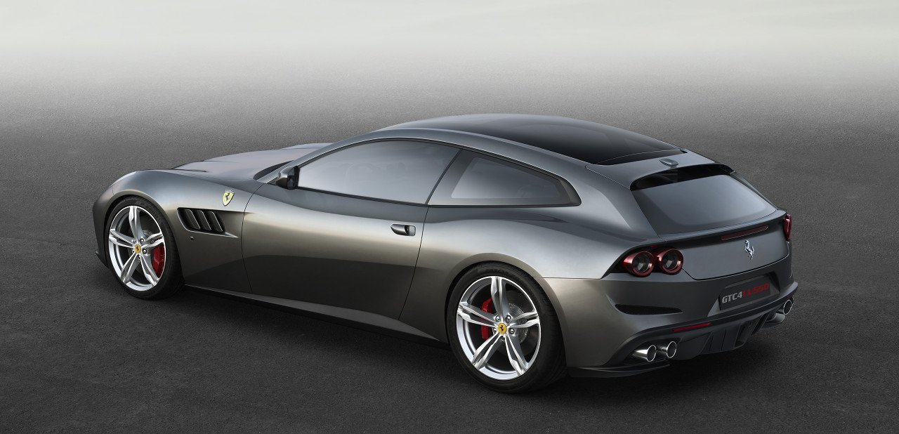 Ferrari GTC4Lusso, vista trasera