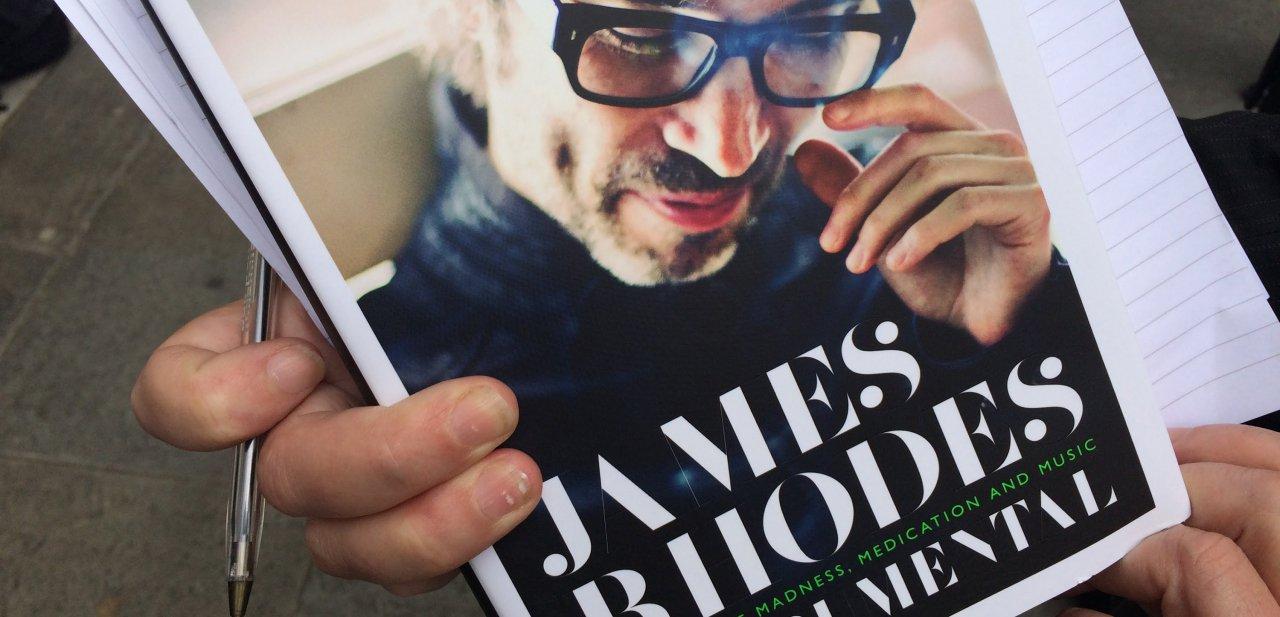 Fotografía del libro 'Instrumental' de James Rhodes
