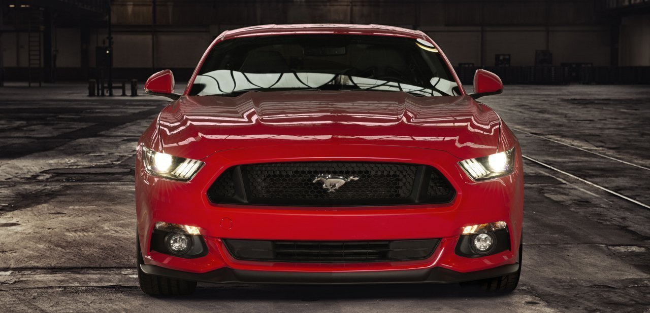Frontal del Ford Mustang 2015