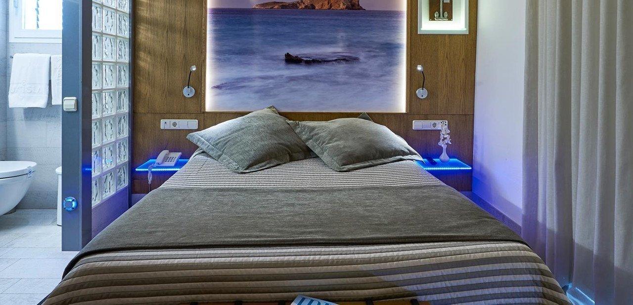 Habitación del Hotel Luxisla Ibiza