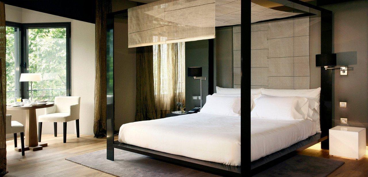 Habitación del Hotel OMM en Barcelona