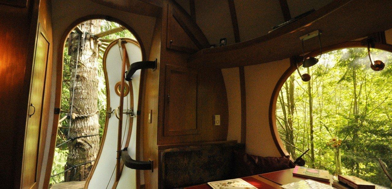 Interior de habitación de una Free Spirit Spheres