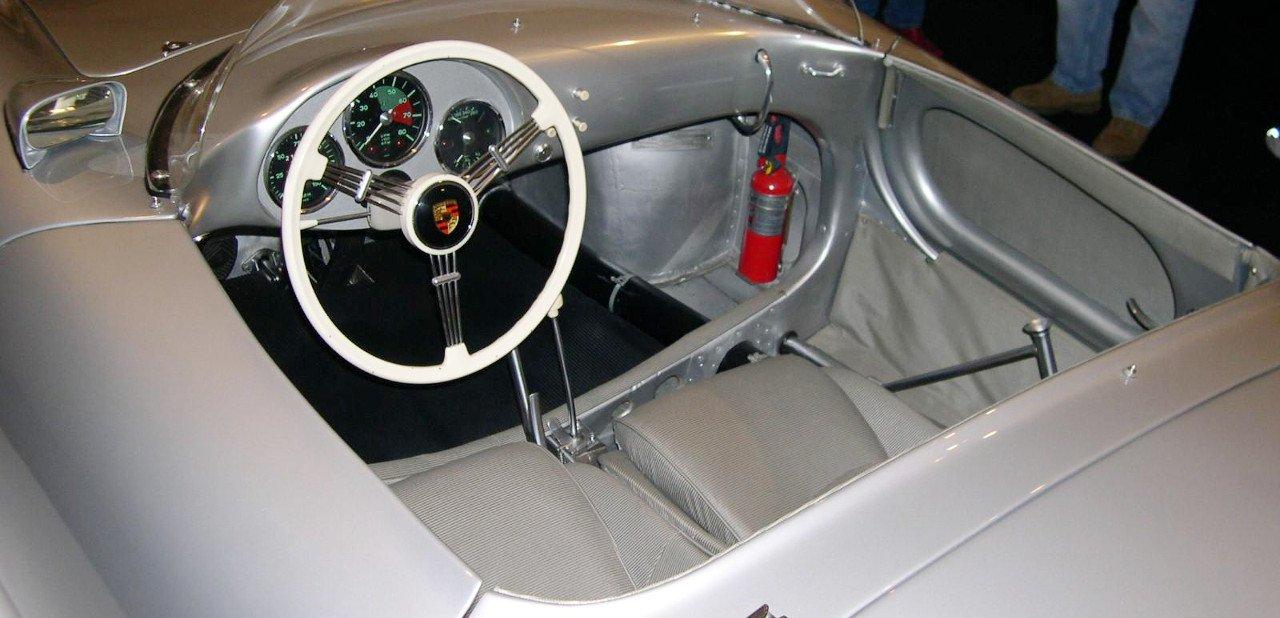 Interior de un Porsche 550 RS Spyder