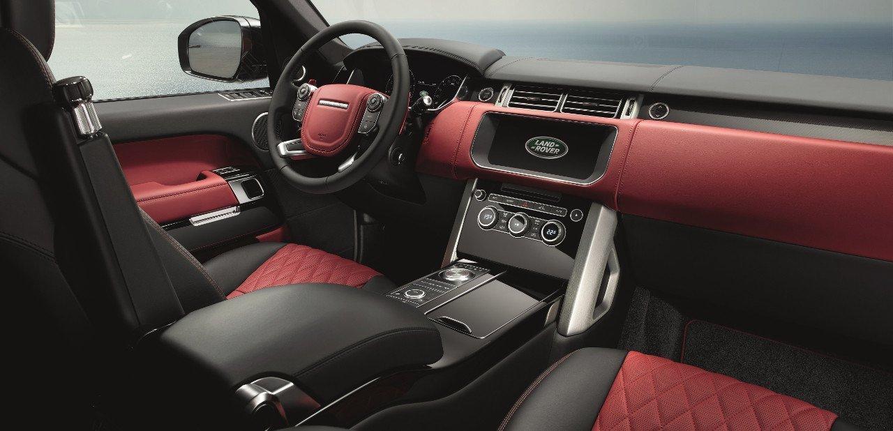 Interior de un Range Rover Autobiography