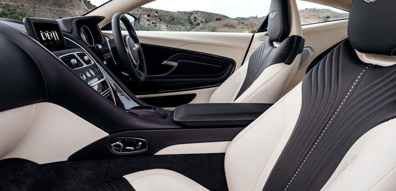 Interior del Aston Martin DB11