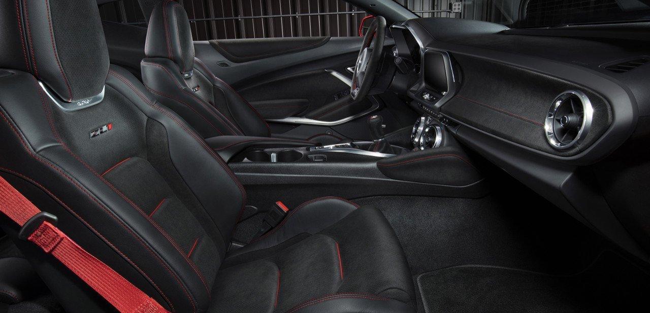 Interior del Chevrolet Camaro ZL1 2017