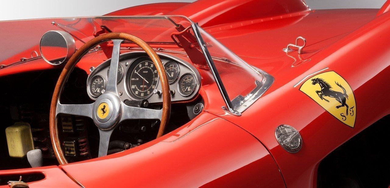 Interior del Ferrari 335 S Spider Scaglietti