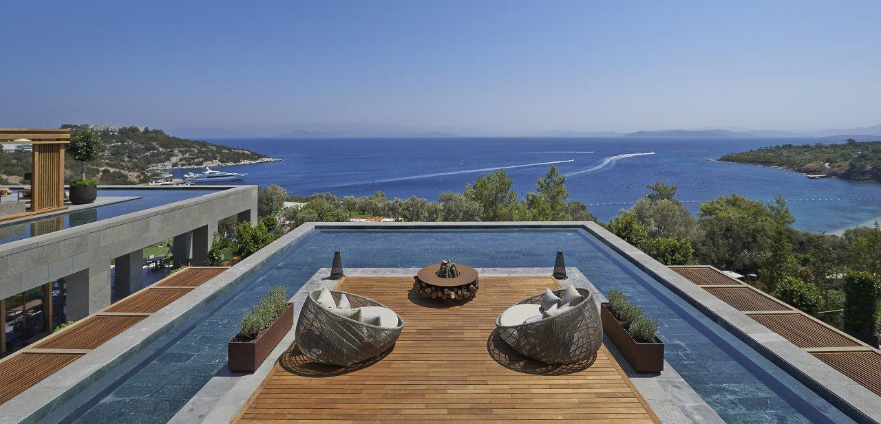 La privilegiada visión al tranquilo mar Egeo