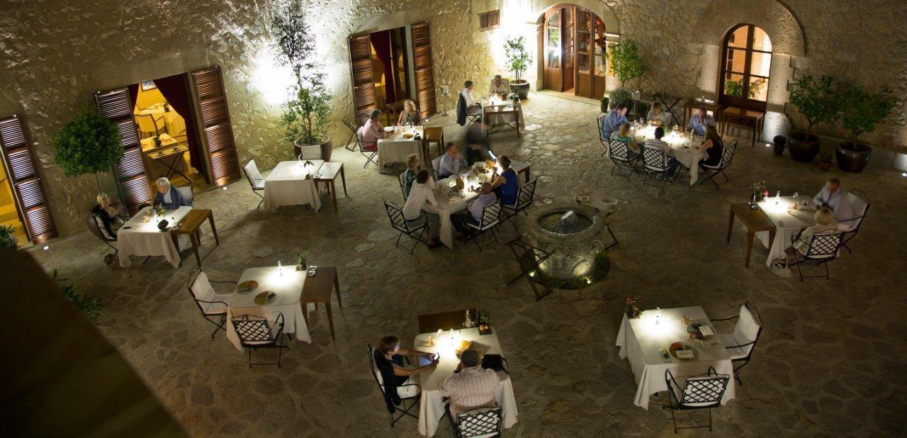 La terraza del restaurante Zaranda