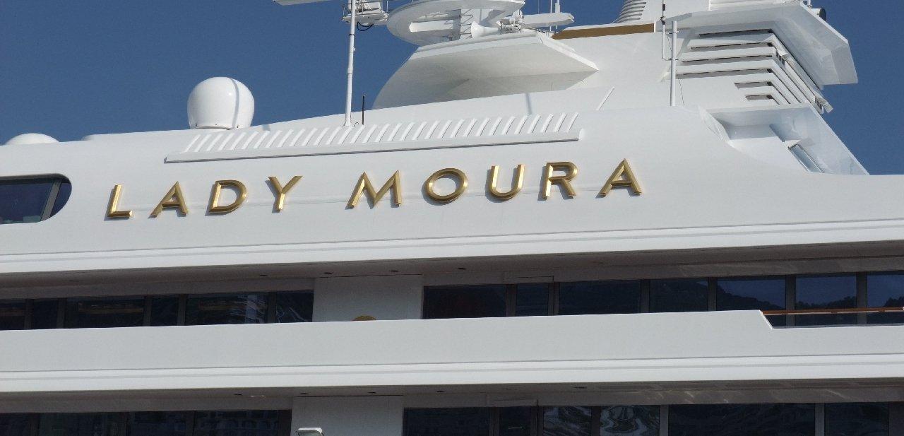 Lady Moura