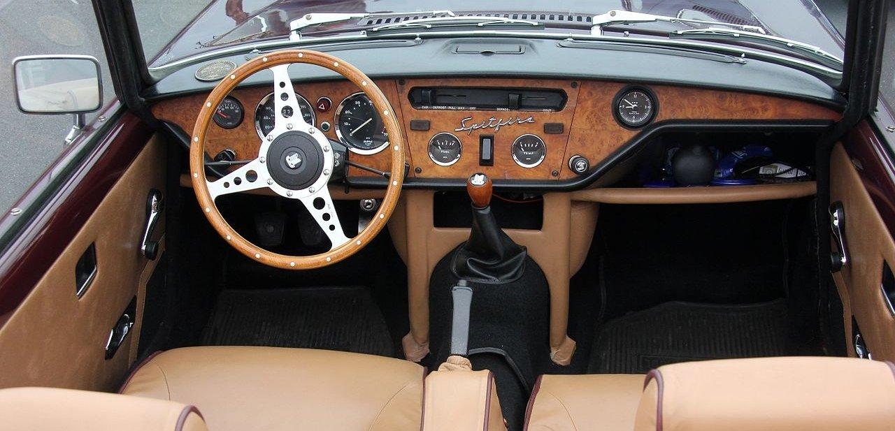 Interior del Triumph Spitfire