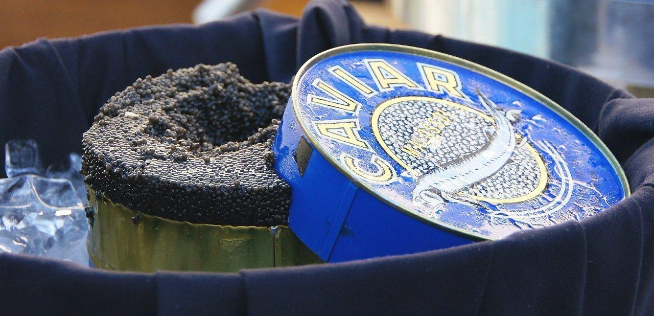 Lata grande de caviar iraní