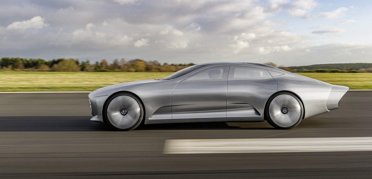 Lateral del Mercedes-Benz 'Concept IAA'