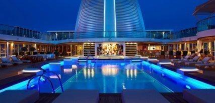 Crucero 'The World', el buque privado de los millonarios