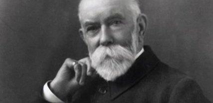 Thomas Burberry, una historia envuelta en gabardina