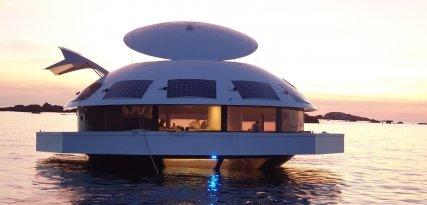 Anthénea, una suite de lujo ecológica que flota en el mar
