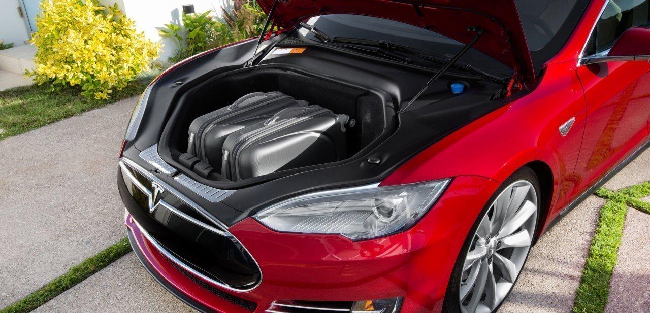 Lo que esconde el capó de este Tesla