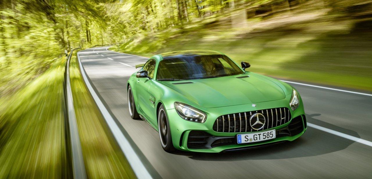 Mercedes-AMG GT R de frente