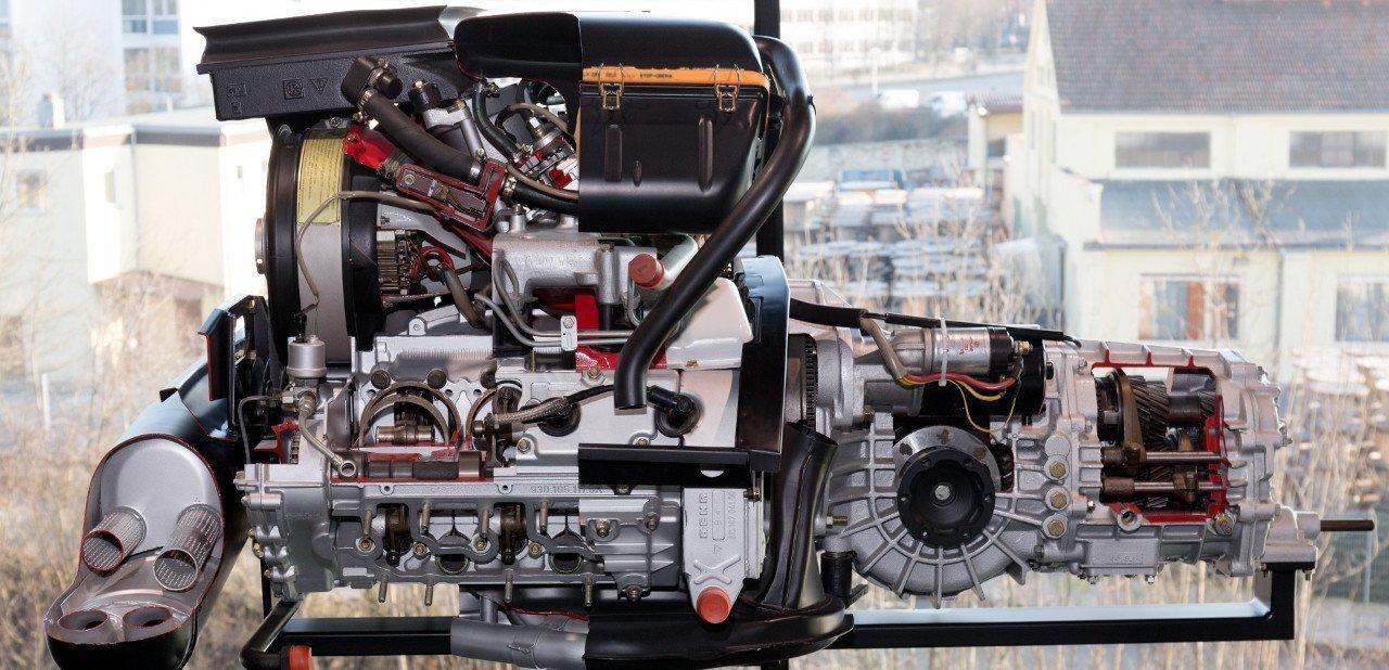 Motor de 3 litros de un Porsche 911 Turbo 930