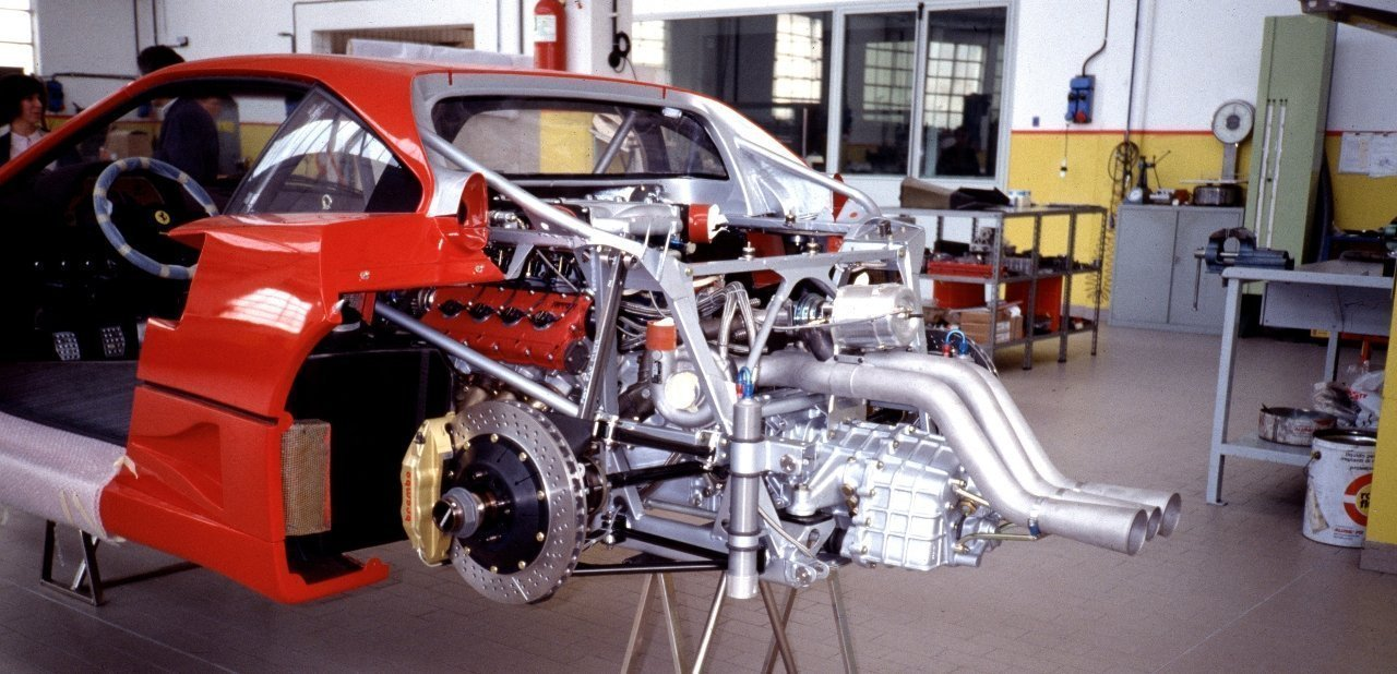 Motor del Ferrari F40