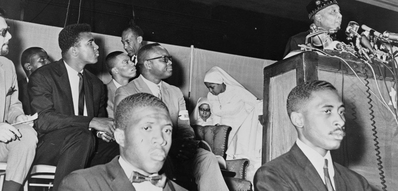 Muhammad Ali en un acto de Nación del Islam