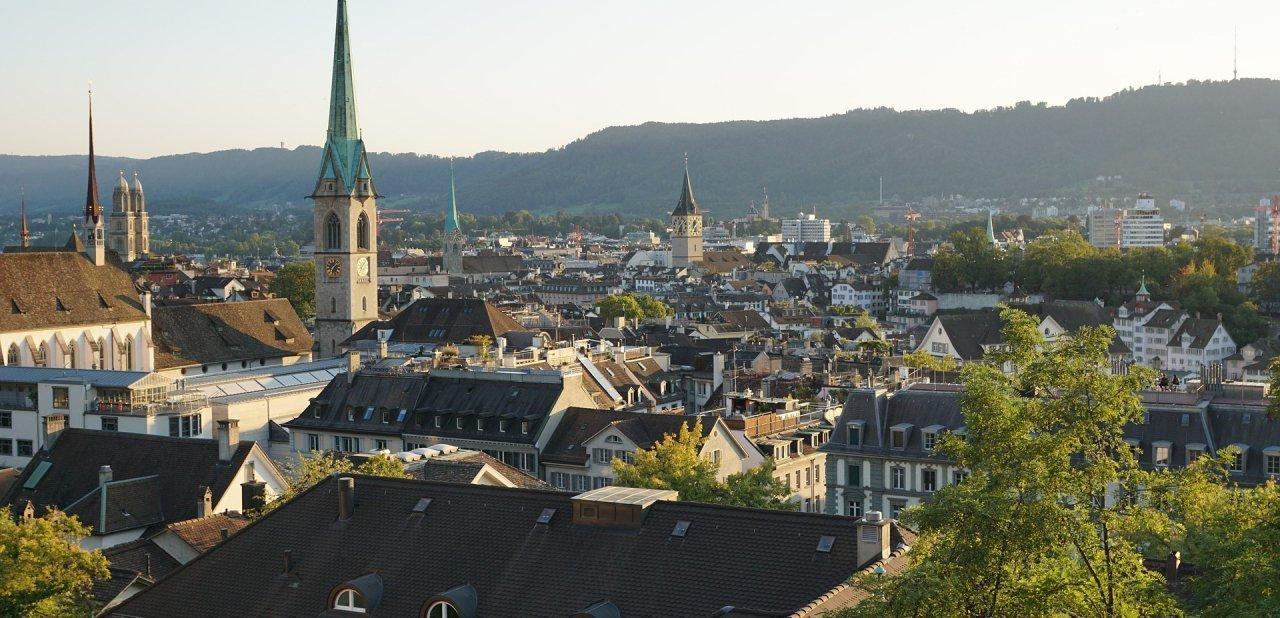 Panorámica del casco antiguo de Zurich