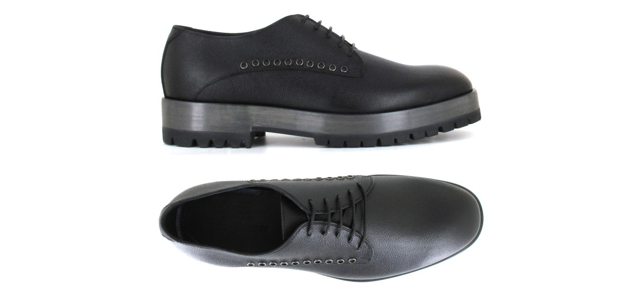 Par de zapatos Alberto Guardiani para hombre