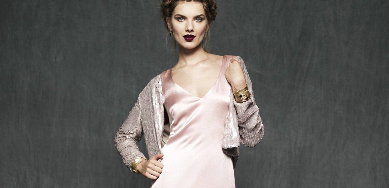 Parte superior del vestido Scarlett de color rosa palo de Mira la Marela