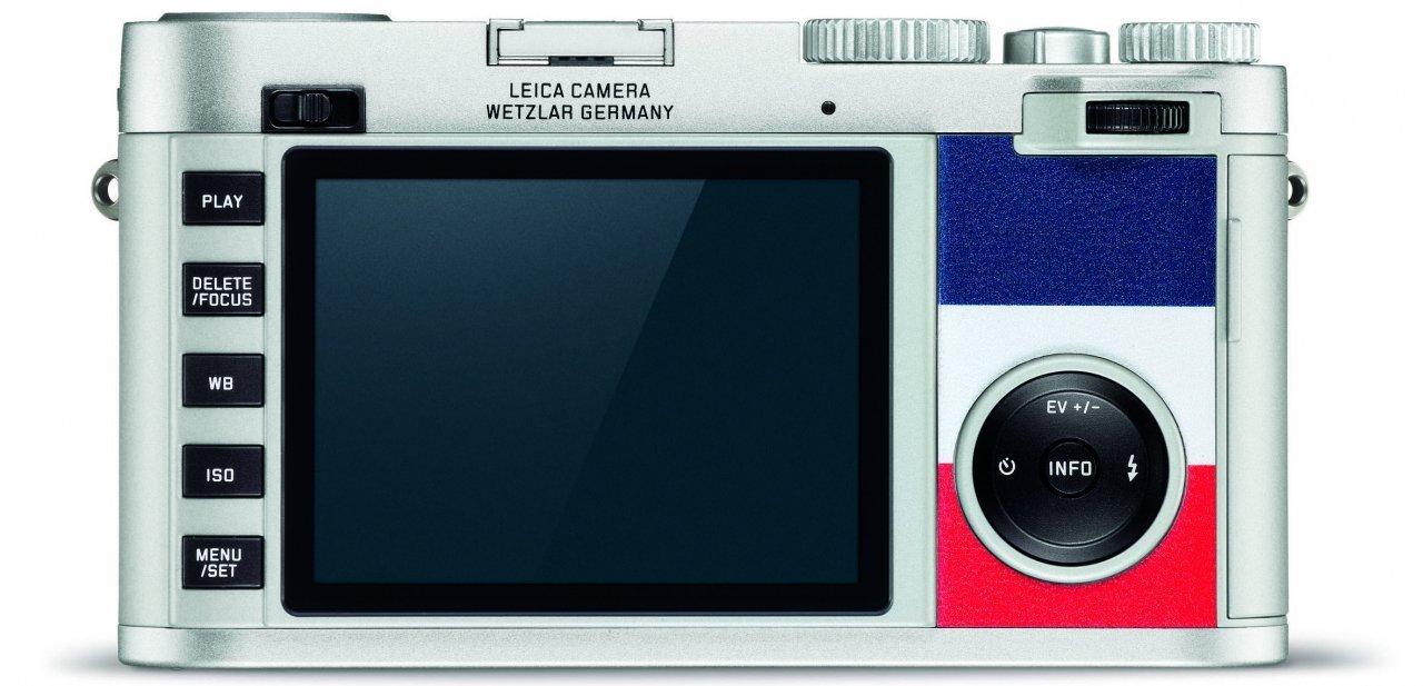 """Parte trasera y pantalla de la cámara """"Edition Monclet"""""""