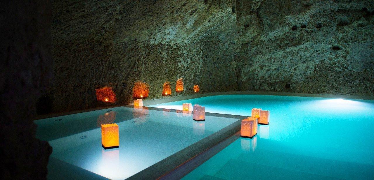 Piscina interior de las grutas del Domus Civita